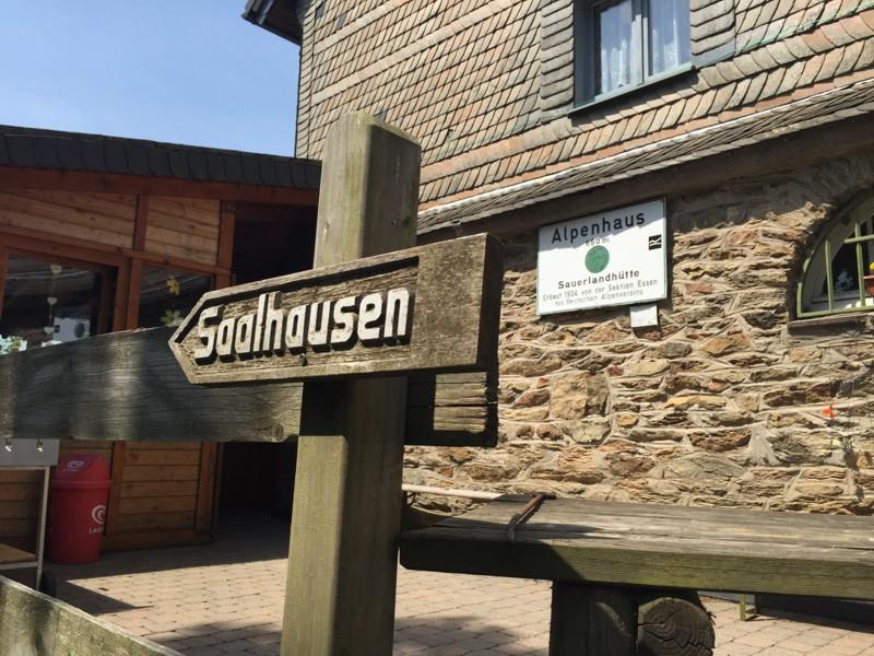 Das Alpenhaus - Wanderziel in Saalhausen und Kirchhundem