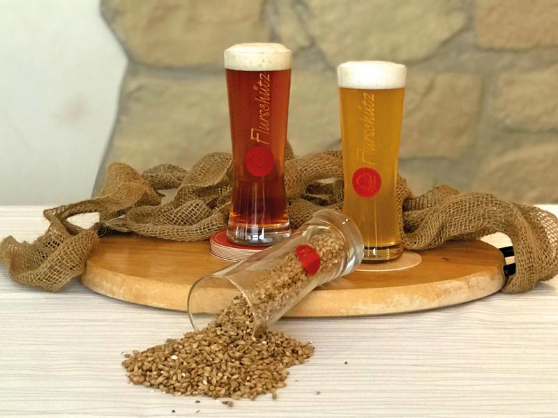 Naturprodukt aus eigener Hausbrauerei: Die Flurschütz Biere mit sauerländer Gebirgswasser