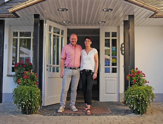 Ihre Gastgeber: Edgar Rameil und Sabine van Lakum